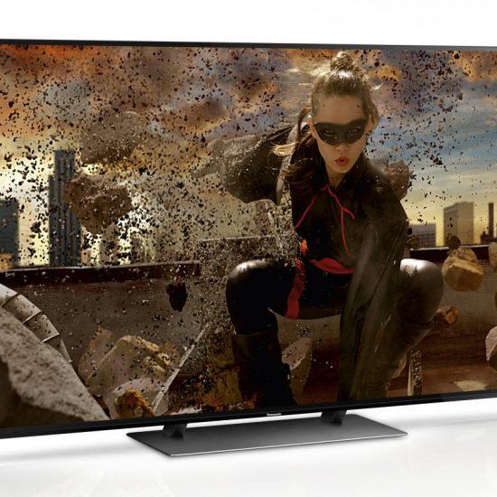 Panasonic-TV-TX-EZW954-Inscreen-Schraeg_Fernsehtechnik_Braehler_Kuenzell